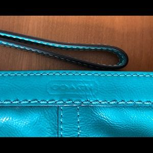 EUC Coach Turquoise Blue Patent Leather Wristlet